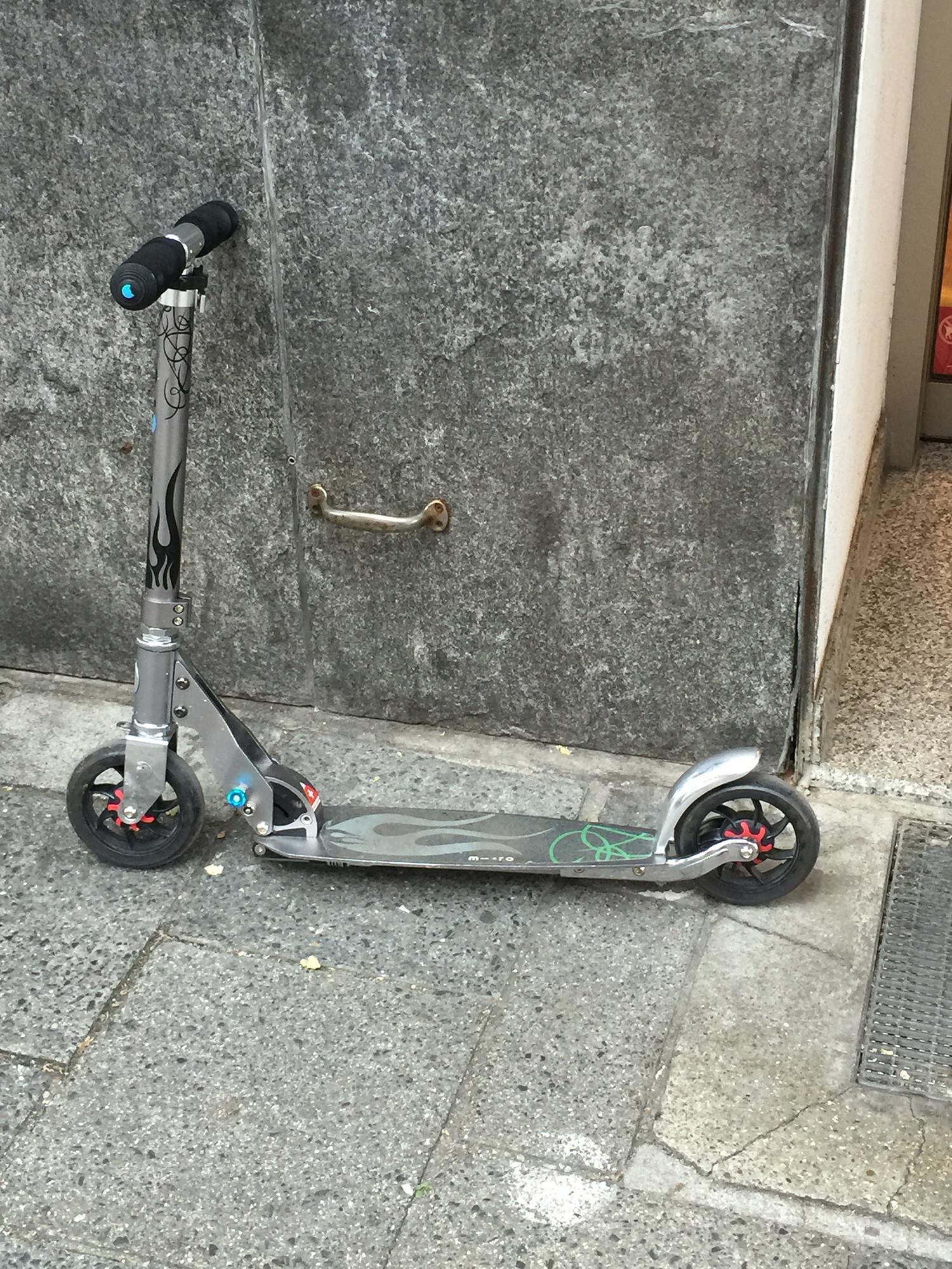 Endlich! Aufstiegshilfe für Rollerfahrer